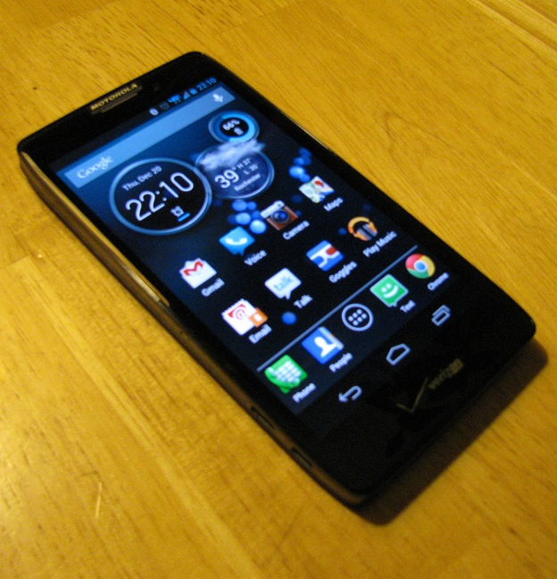 Droid_Razr_HD_device